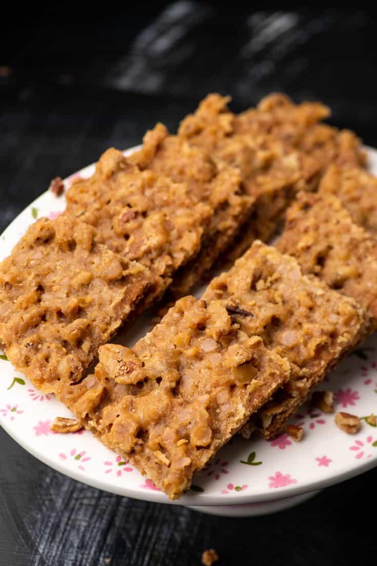 A platter of Praline Graham Cracker Bars