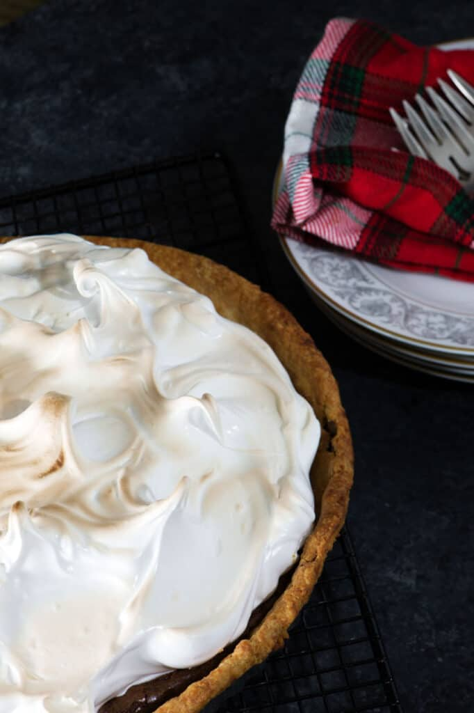 A decadent easy chocolate pie with marshmallow whipped topping.