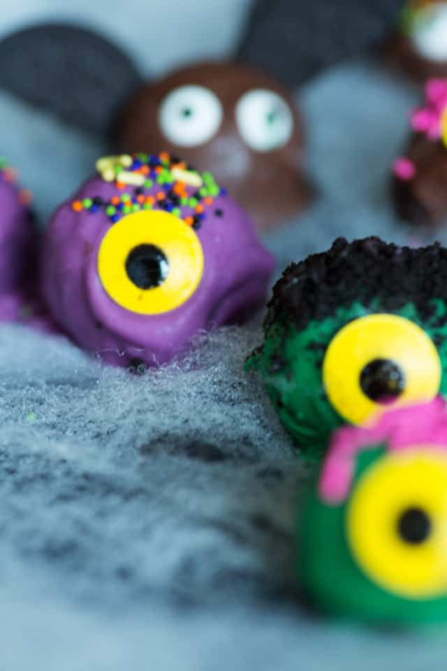 Halloween Oreo Truffles Butter And Baggage Beauteous How To Decorate Oreo Balls