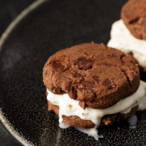 Chocolate cookies with an ice cream layer