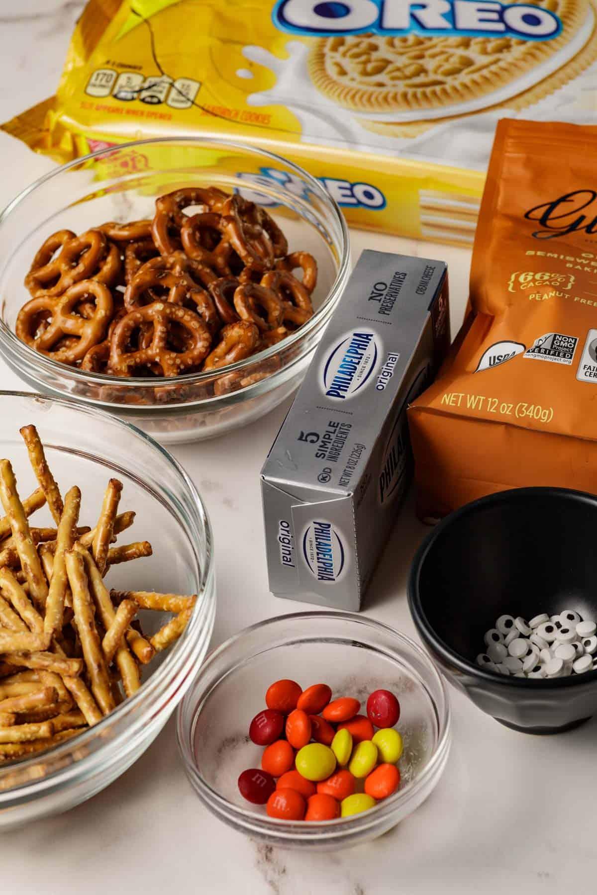 Ingredients for Turkey Oreo Truffles