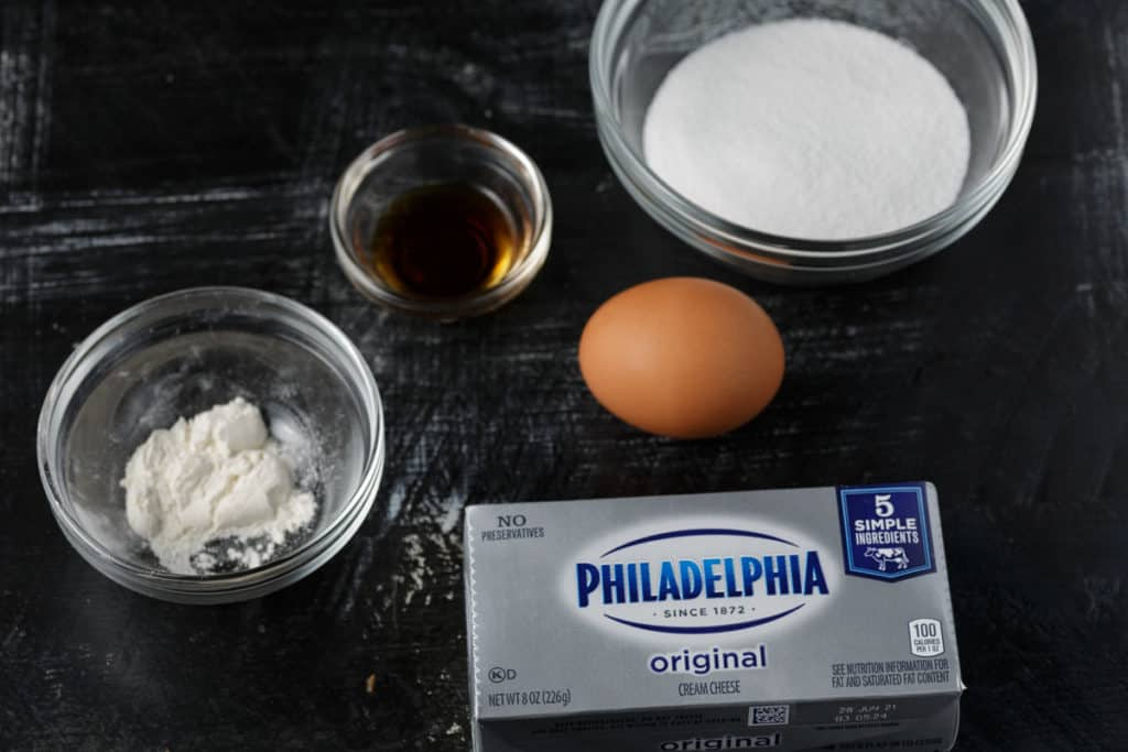 Ingredients for cheesecake layer